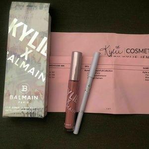 KYLIE X BALMAIN Lip Kit PARIS